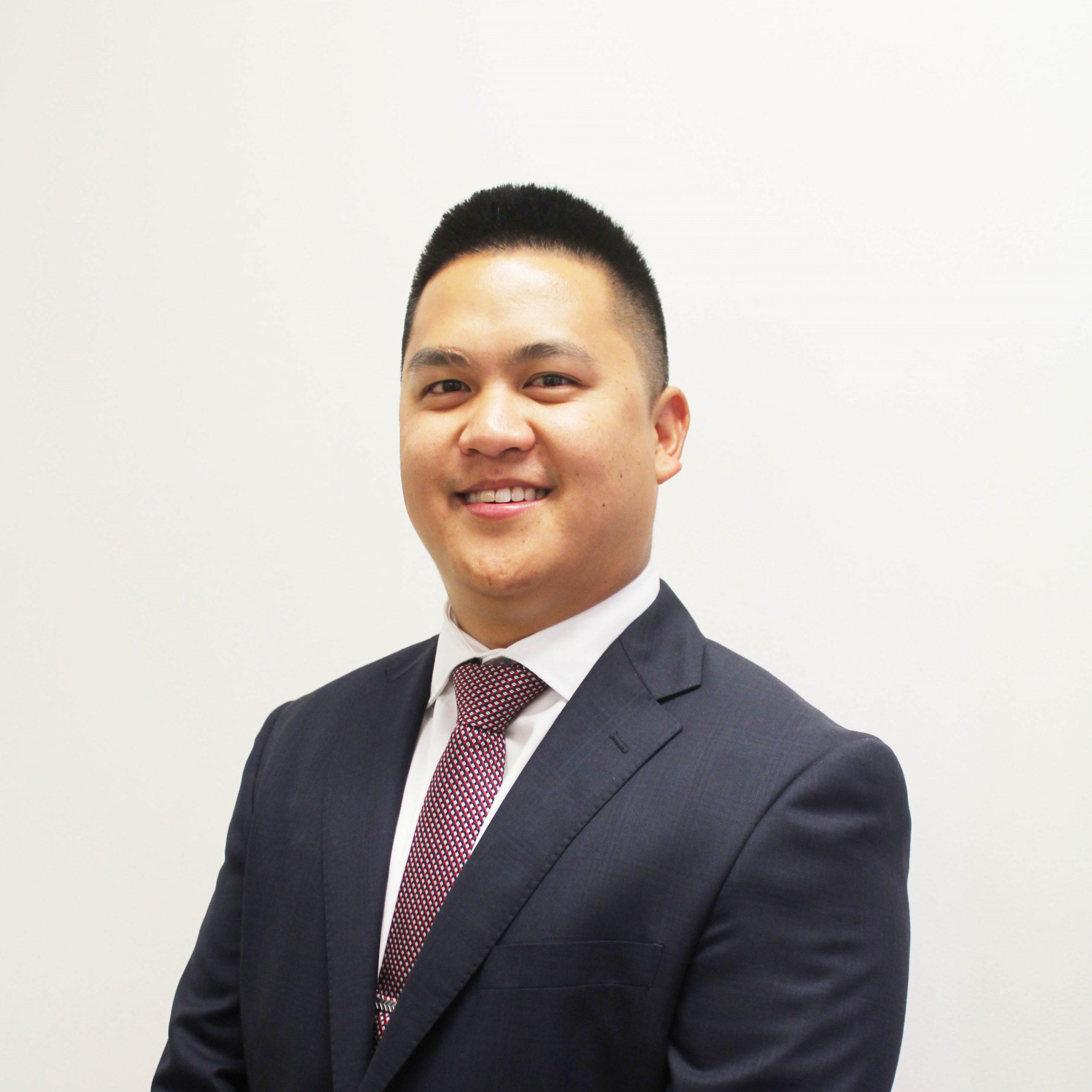 Jason Tjoeng headshot